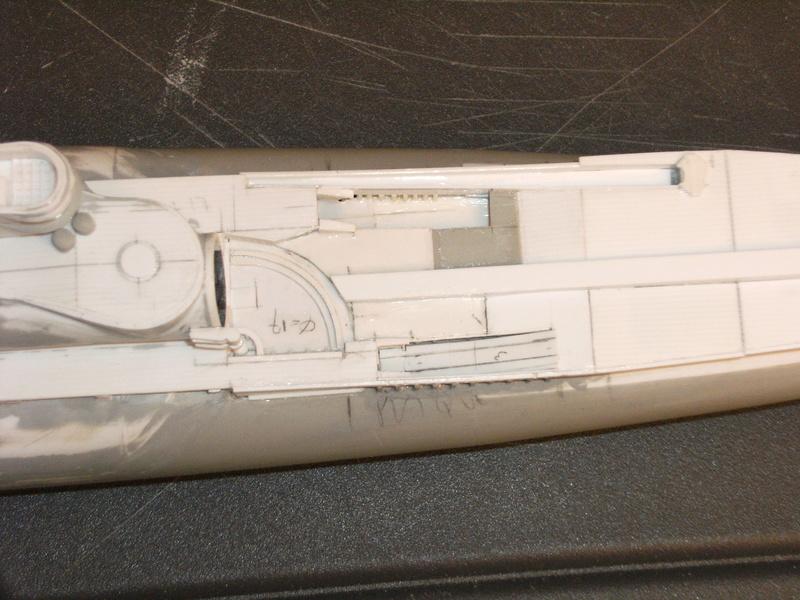 Sous-marin porte-avions japonais I-400 échelle 1/200° - Page 2 98_i-410