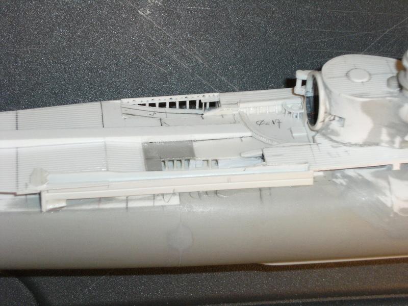 Sous-marin porte-avions japonais I-400 échelle 1/200° - Page 2 99_i-410