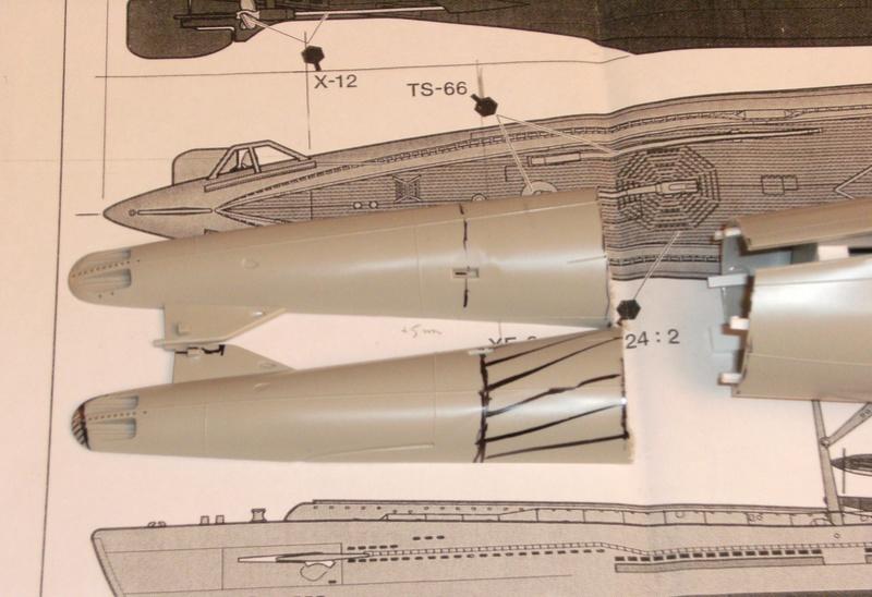 Sous-marin porte-avions japonais I-400 échelle 1/200° 9_i-4010