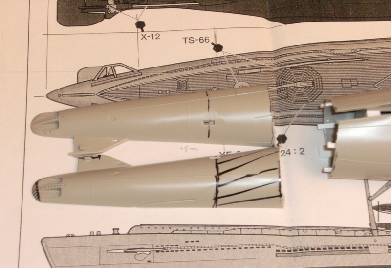 Sous-marin porte-avions japonais I-400 (scratch base Gato Trumpeter 1/200°) 9_i-4010