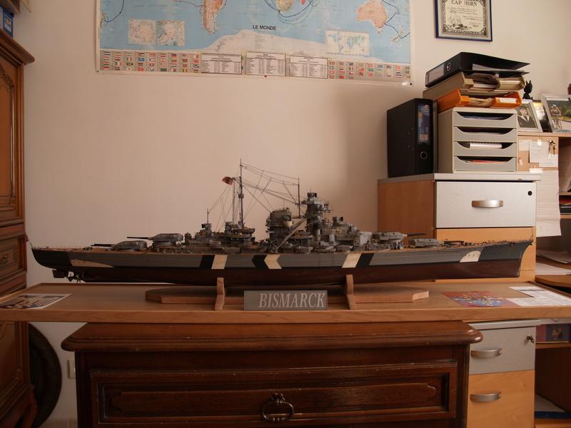 Bismarck 1/200 Trumpeter P1010914