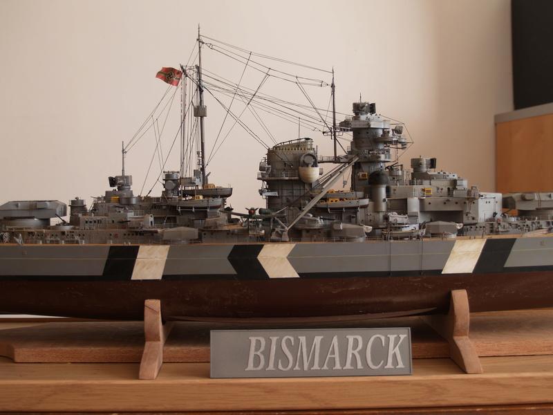 Bismarck 1/200 Trumpeter P1010918