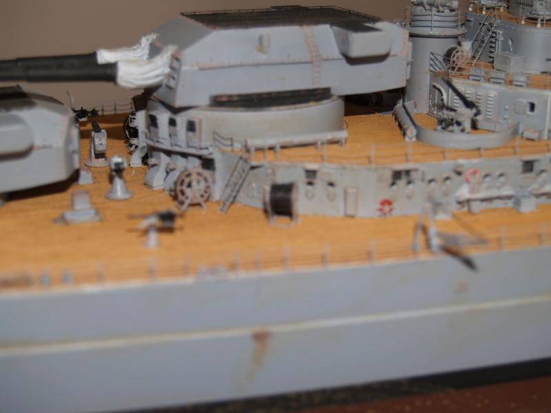 Bismarck 1/200 Trumpeter P1011017
