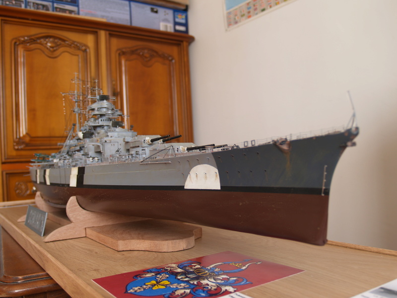 Bismarck 1/200 Trumpeter P1011024