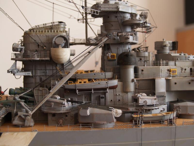 Bismarck 1/200 Trumpeter P1011027