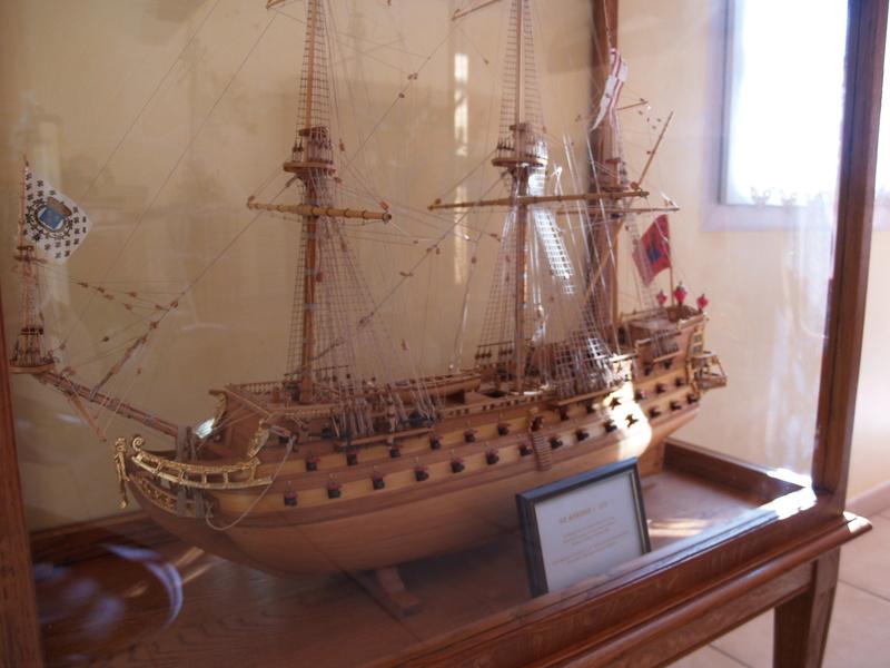 La Confederacy de 1772 au 1/64 par Model Shipways - Page 3 P1011060