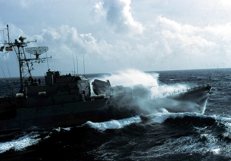 Forte houle dans l'atlantique Nord Sans_t11