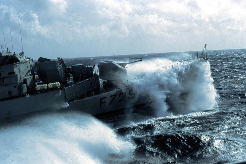 Forte houle dans l'atlantique Nord Sans_t12