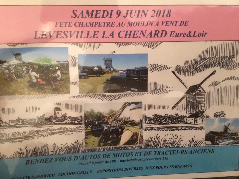 28- levesville la Chenard expo matériel ancien le 9/06/18 Moul10