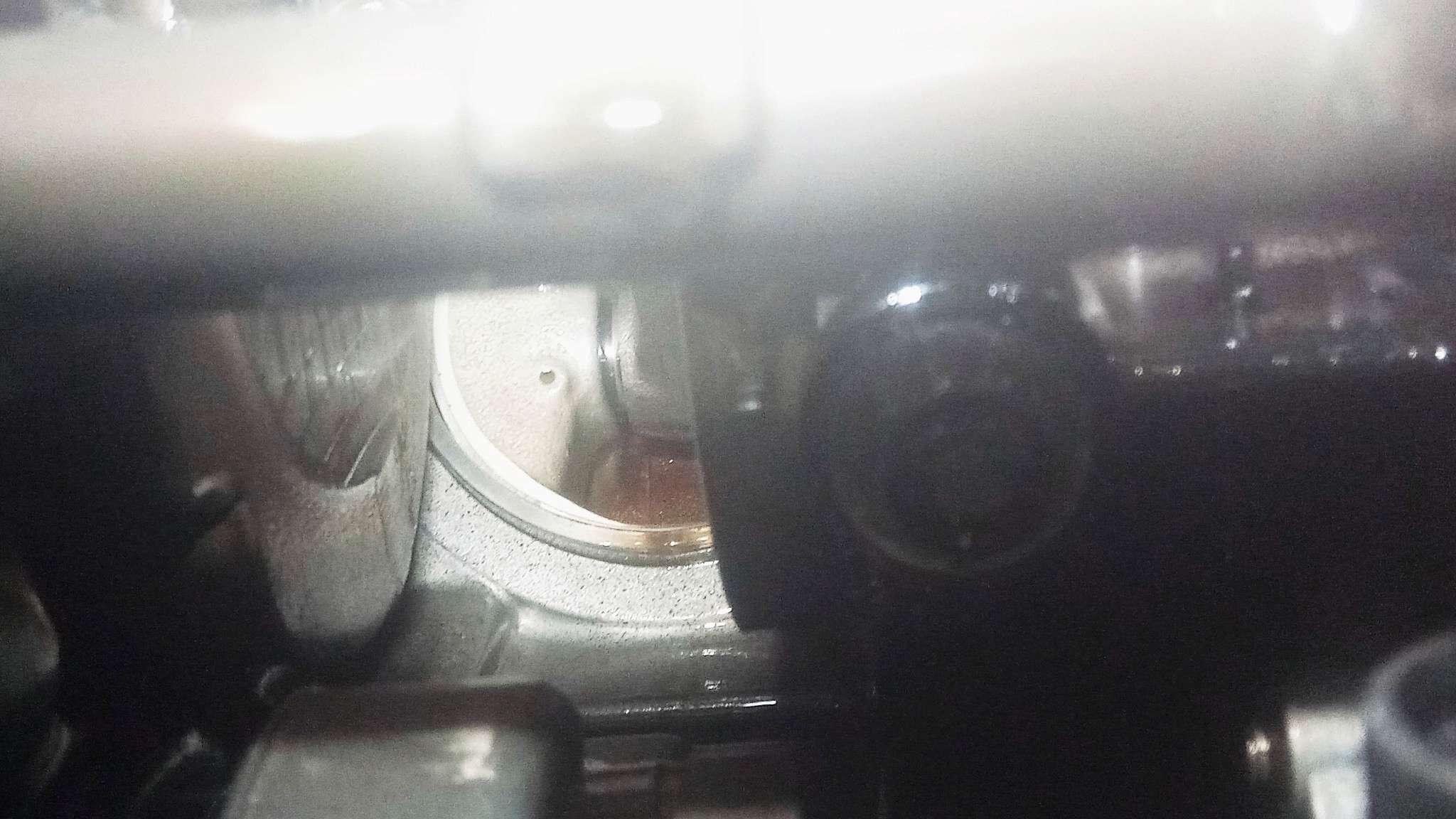 Gros problème moteur (je pense) Img_2011