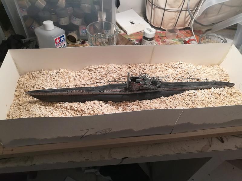 U boat type VII allemand diorama - 1/144 Img_2032