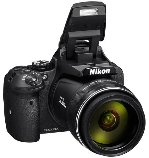 The Nikon Con & The Fish Eye Lens 90010
