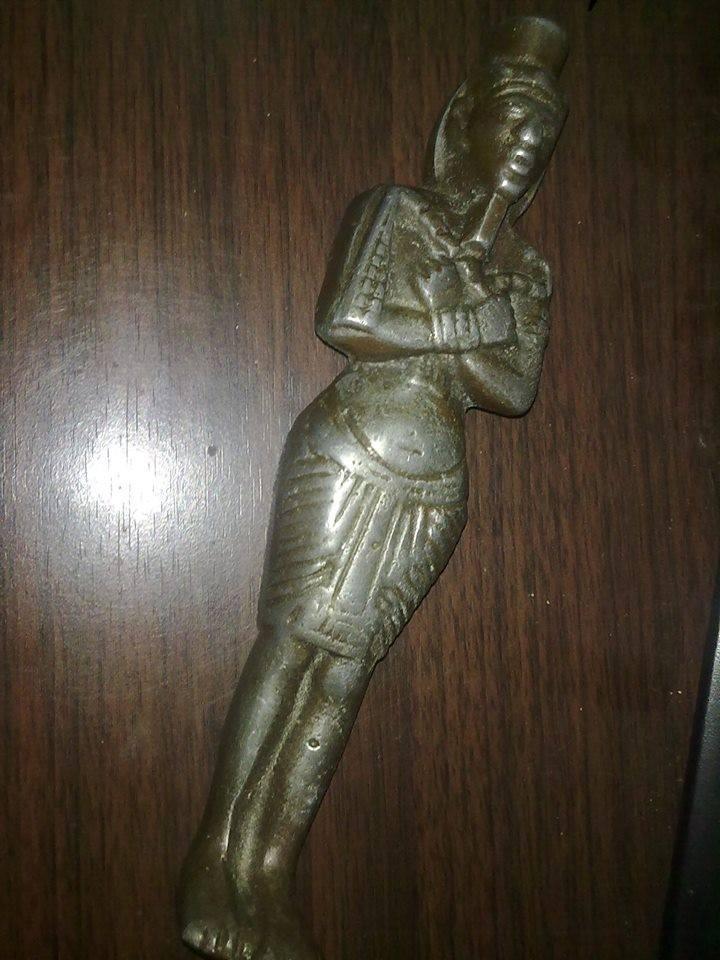 من فضلكم أريد تقييمكم لهذا التمثال الفرعوني 28117510