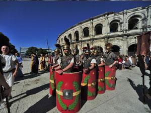 Les jeux Romains aux arènes de Nimes Parvis10