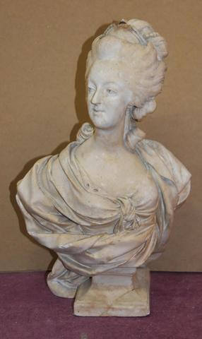 A vendre: bustes Marie Antoinette - Page 7 15213310
