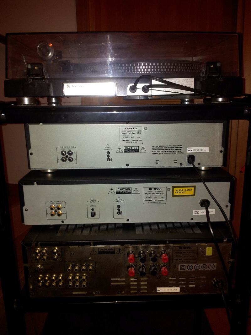 [TV] Amplificatore Onkyo A-8170 + Lettore CD DX-704 + Piastra Cassette TA-2200 Img_2014