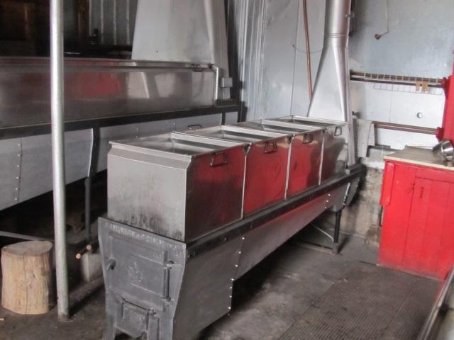 evaporateur 3.5x12 et 18x72 au bois a vendre Img_4411