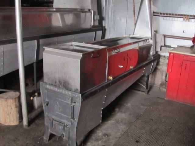 evaporateur 3.5x12 et 18x72 au bois a vendre Img_4412