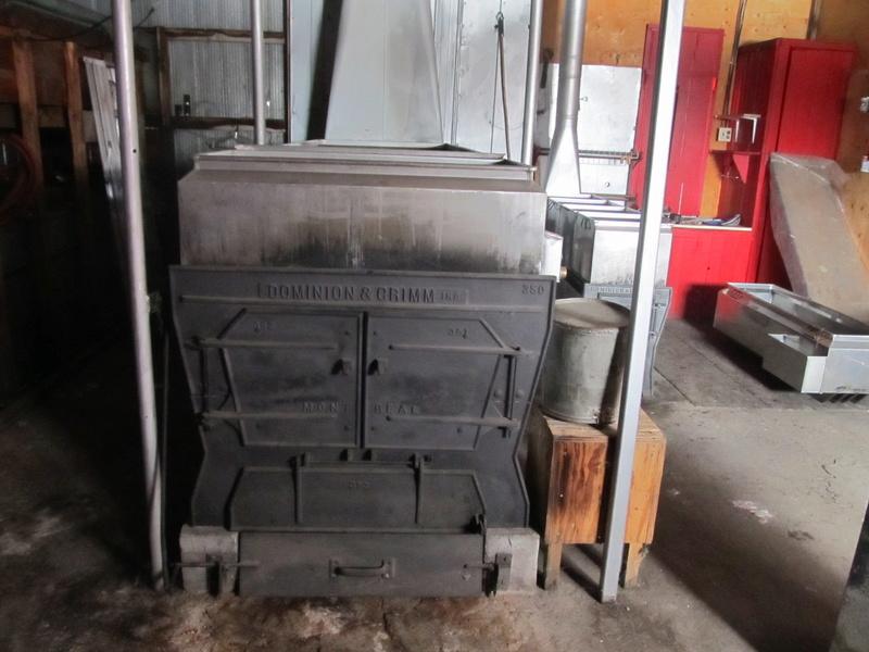 evaporateur 3.5x12 et 18x72 au bois a vendre Img_4414