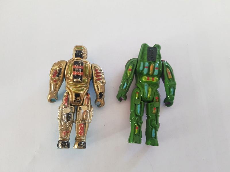 2 petits personnages de 1989 a identifier 20180210