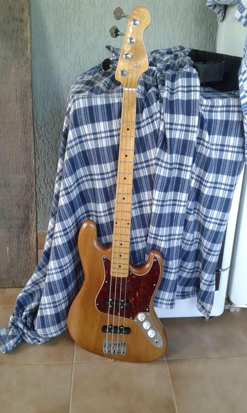 Ajuda para identificar um jazz bass. 20180428