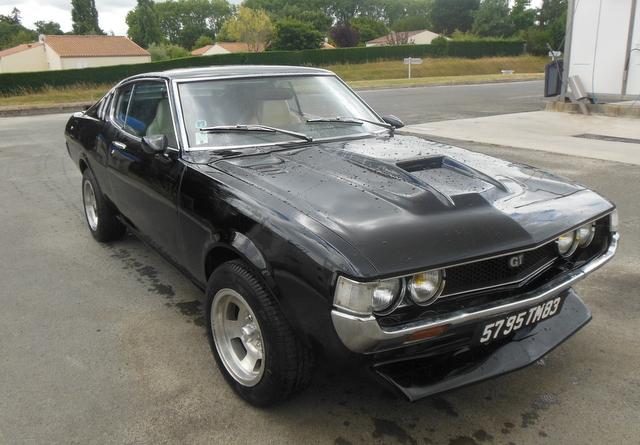 Mazda 121 coupe de 1977 - Page 2 Dscn1510