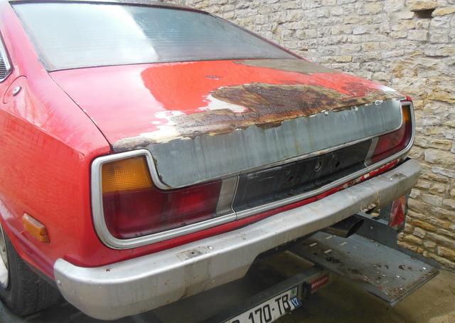 Mazda 121 coupe de 1977 - Page 2 Dscn2913