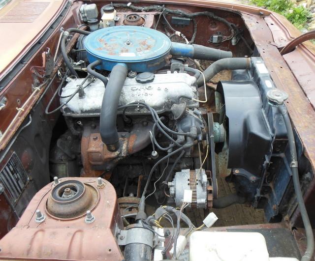 Mazda 121 coupe de 1977 Dscn3018