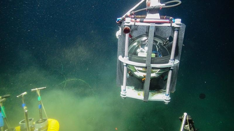 Sous-marins océanographiques Capteu10