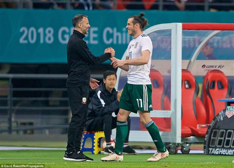 China 0-6 Wales 4a6fde10