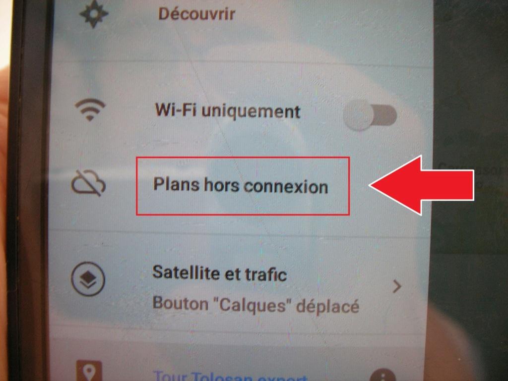 Manip : télécharger les cartes et le parcours sur votre téléphone 711