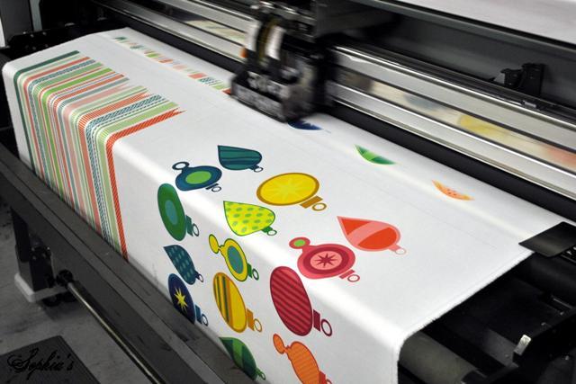 ΠΩΣ ΓΡΑΦΟΥΜΕ ΠΑΝΩ ΣΕ ΞΥΛΟ, ΥΦΑΣΜΑ, ΔΕΡΜΑ ΚΑΙ ΣΕ... ΤΟΥΡΤΑ! Fabric10