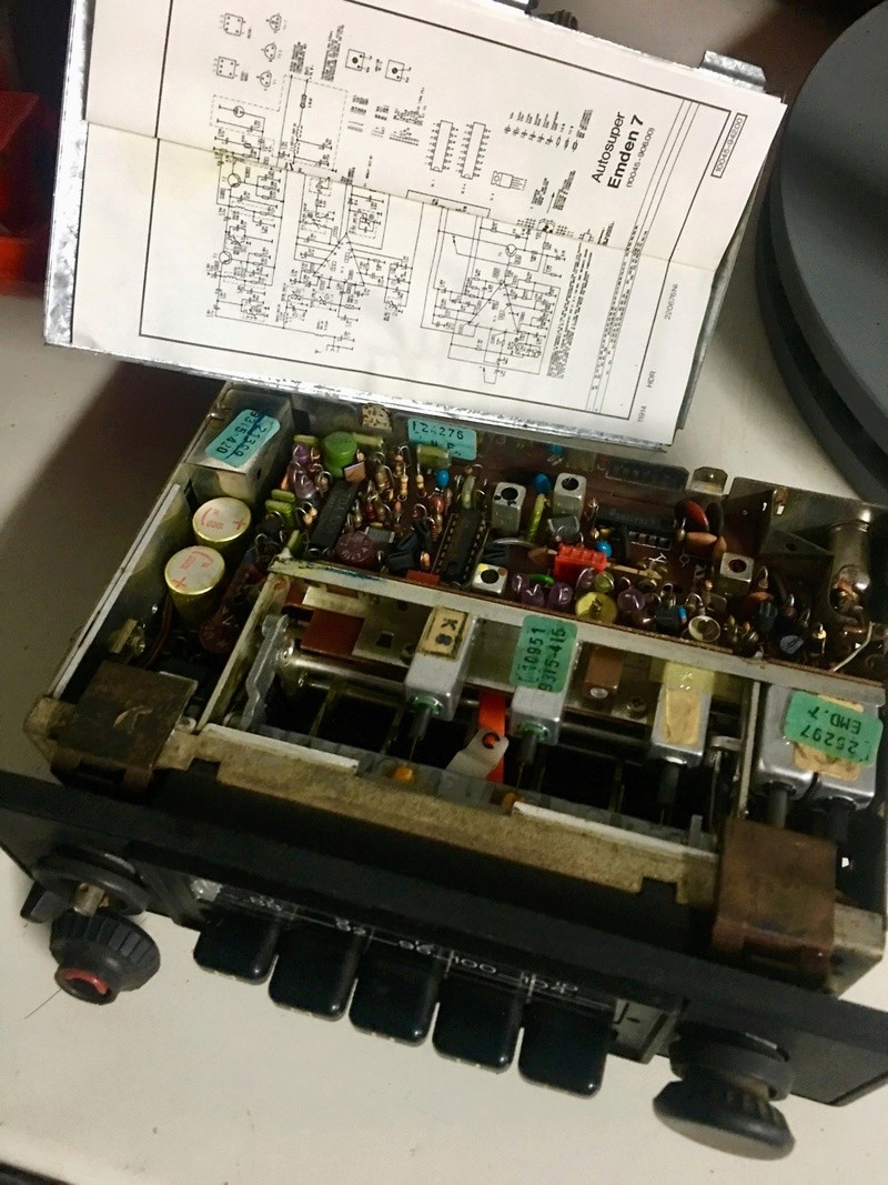 Radio Grundig Autosuper Emden 7 25863f10