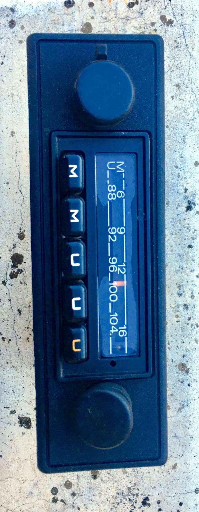 Radio Grundig Autosuper Emden 7 Ee147d10