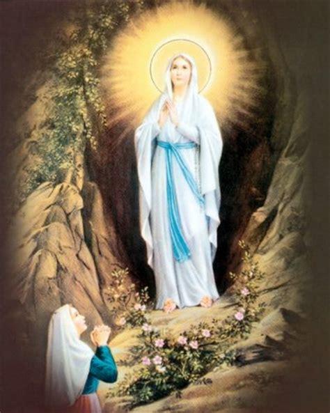 Mois de Mai - Mois de Marie - Prières à Marie - Page 2 Marie_10