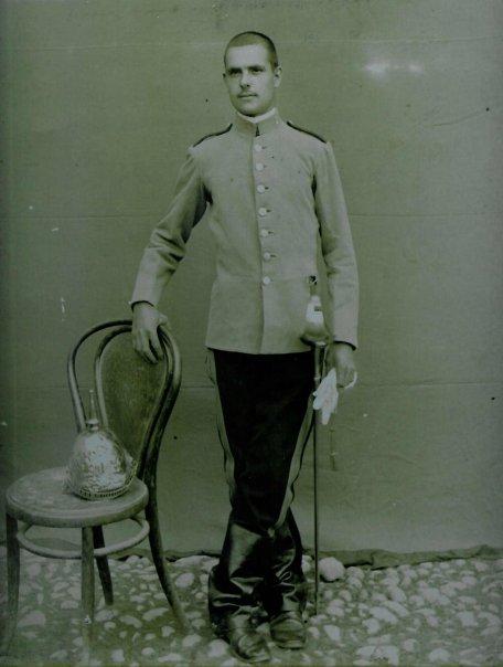 "casco - Casco Mod. 1875 de Oficial de Lanceros del Regimiento Nº1 ""del Rey"". Josep_11"