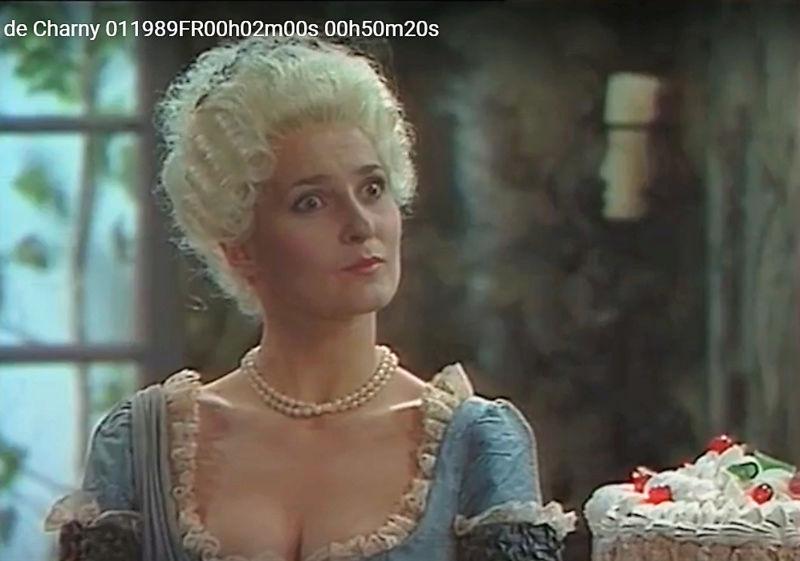 La Comtesse de Charny (Isabelle Guiard) - Page 3 Snyme239