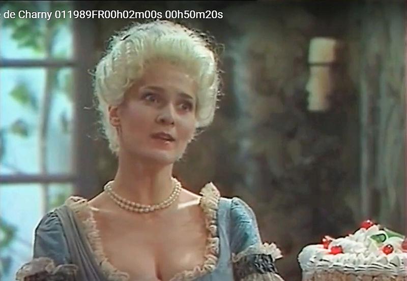 La Comtesse de Charny (Isabelle Guiard) - Page 3 Snyme240