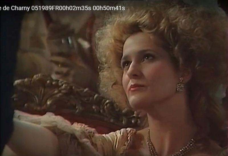La Comtesse de Charny (Isabelle Guiard) - Page 4 Snyme329