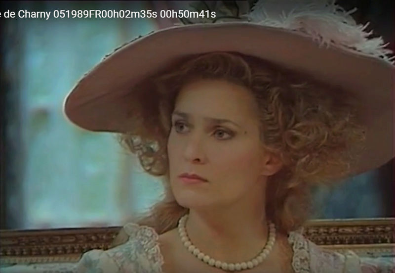 La Comtesse de Charny (Isabelle Guiard) - Page 4 Snyme334