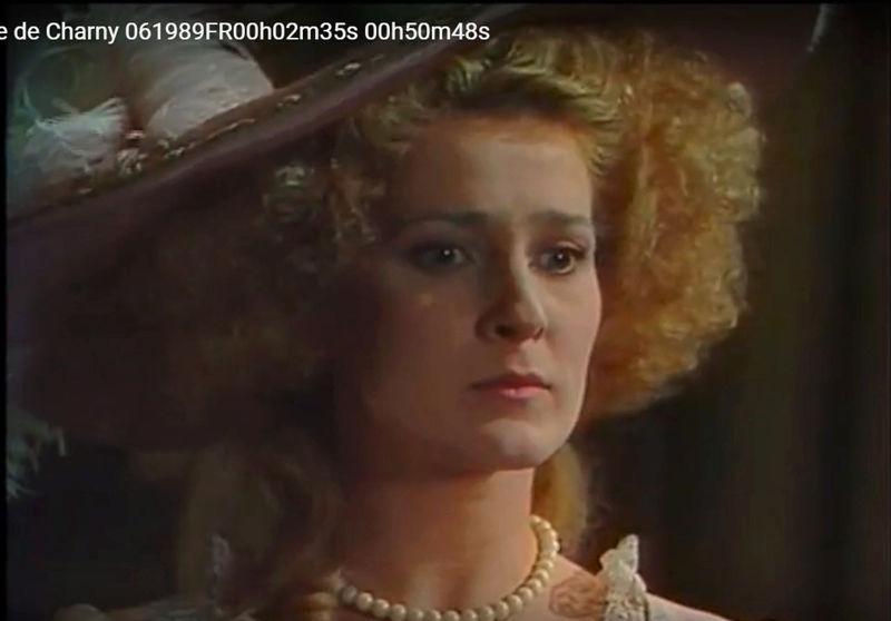 La Comtesse de Charny (Isabelle Guiard) - Page 4 Snyme353