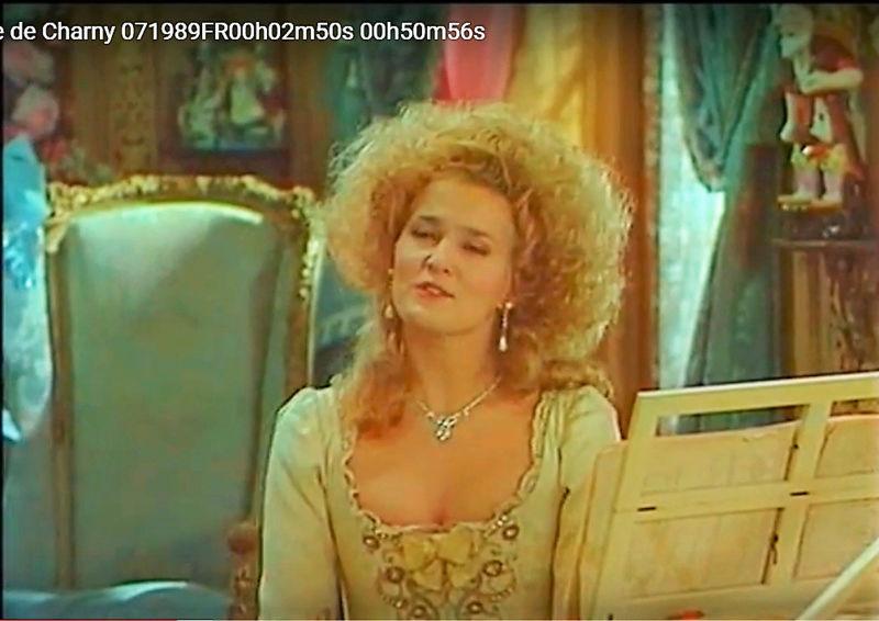 La Comtesse de Charny (Isabelle Guiard) - Page 6 Snyme440
