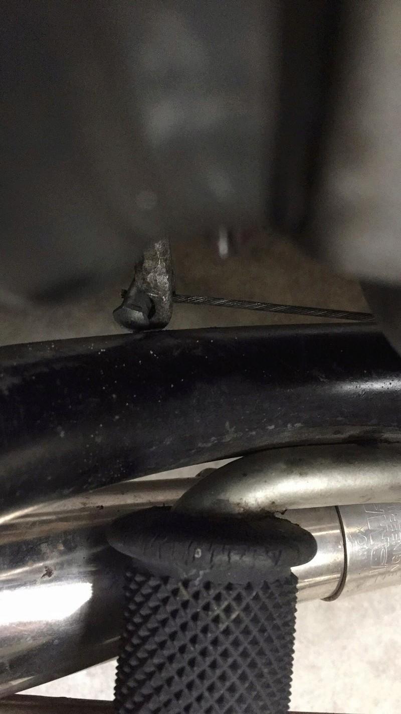 bras récepteur du cable d'embrayage touche cadre 28642910