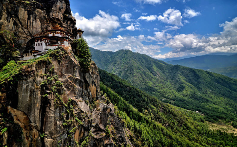 5 Top Bhutan Attractions for Tourists Screen10