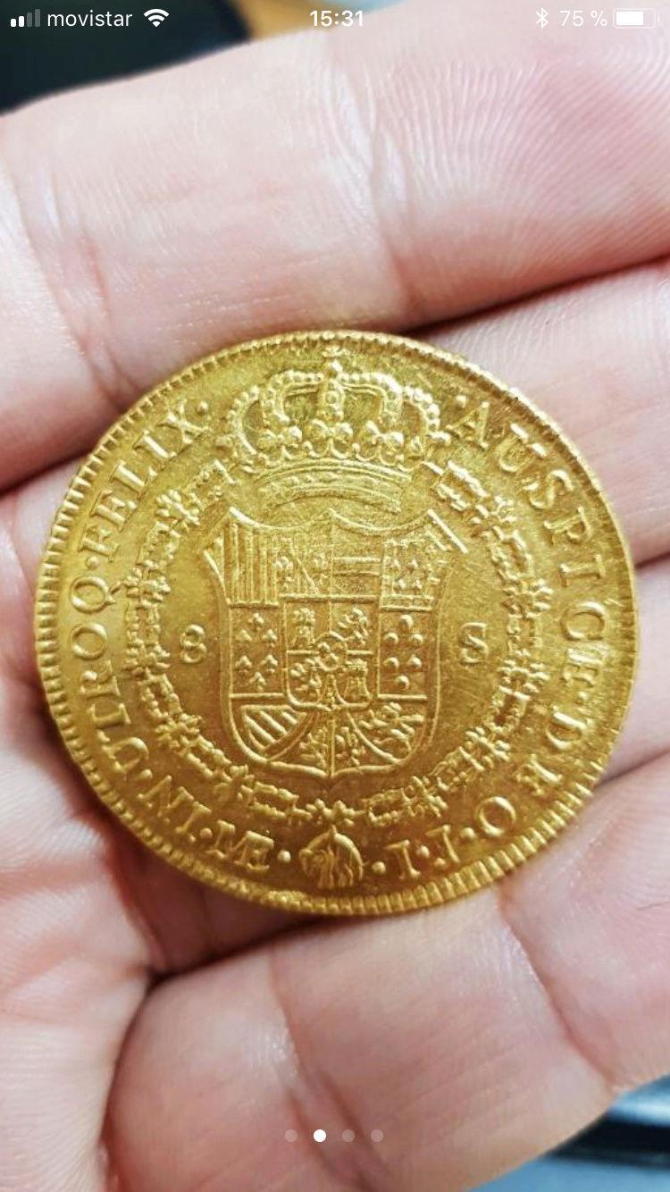 Moneda de 8 escudos de Carlos III 82518310