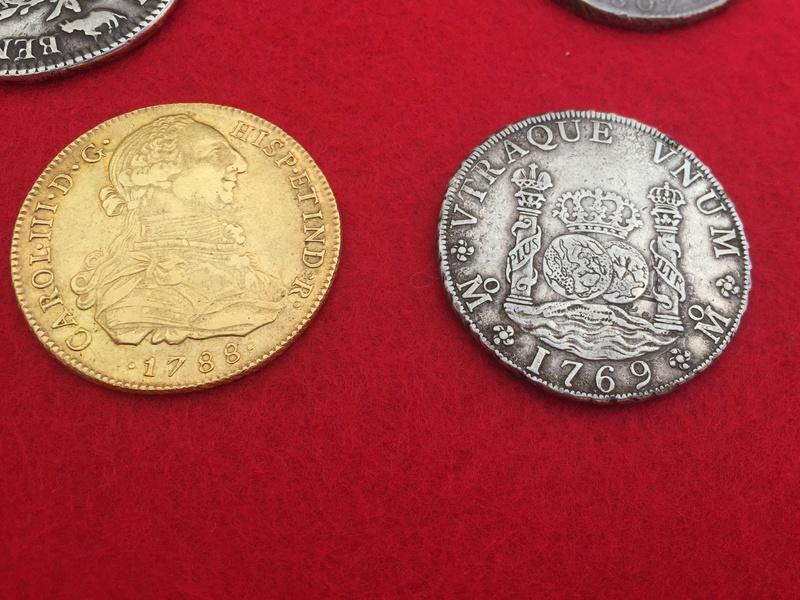 Moneda de 8 escudos de Carlos III Ab8df710
