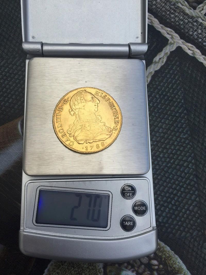 Moneda de 8 escudos de Carlos III D1c85310