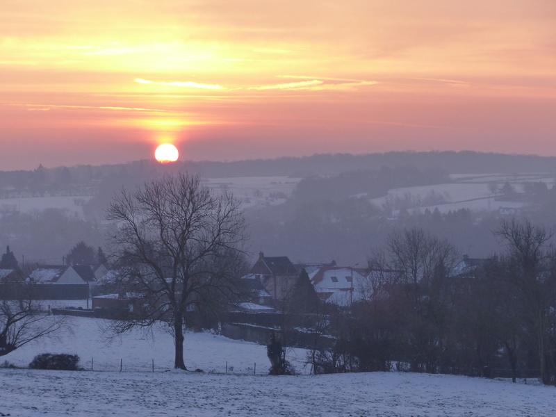 Lever de soleil dans l'Avesnois région du Nord de France P1010510