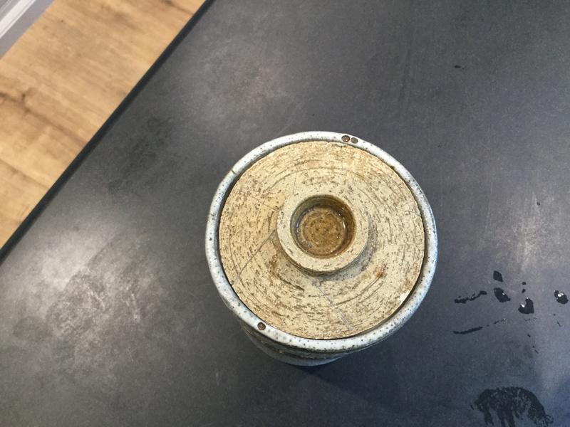 Pot and lid 68717c10