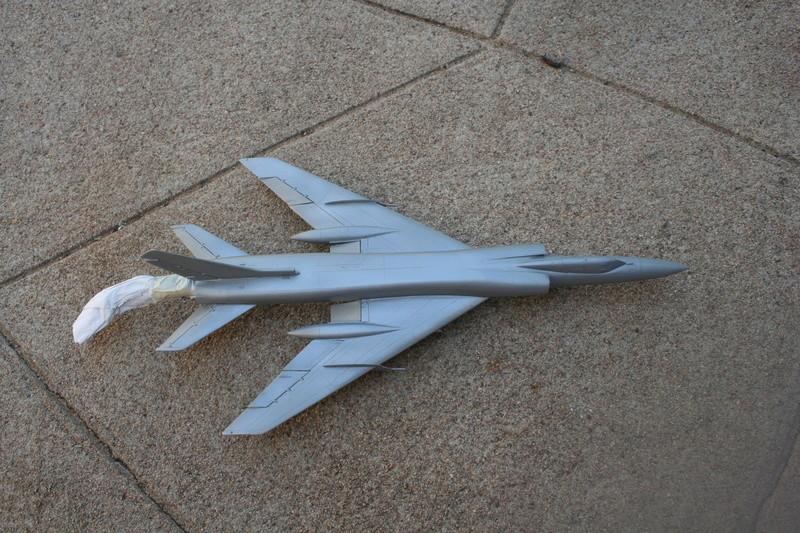 Tupolev TU 128 FIDDLER de AMODEL au 1/72  Img_3023